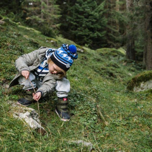 Reima Kohva zimna chlapcenska vlnena ciapka reima Northern funkcny detsky lyziarsky sveter