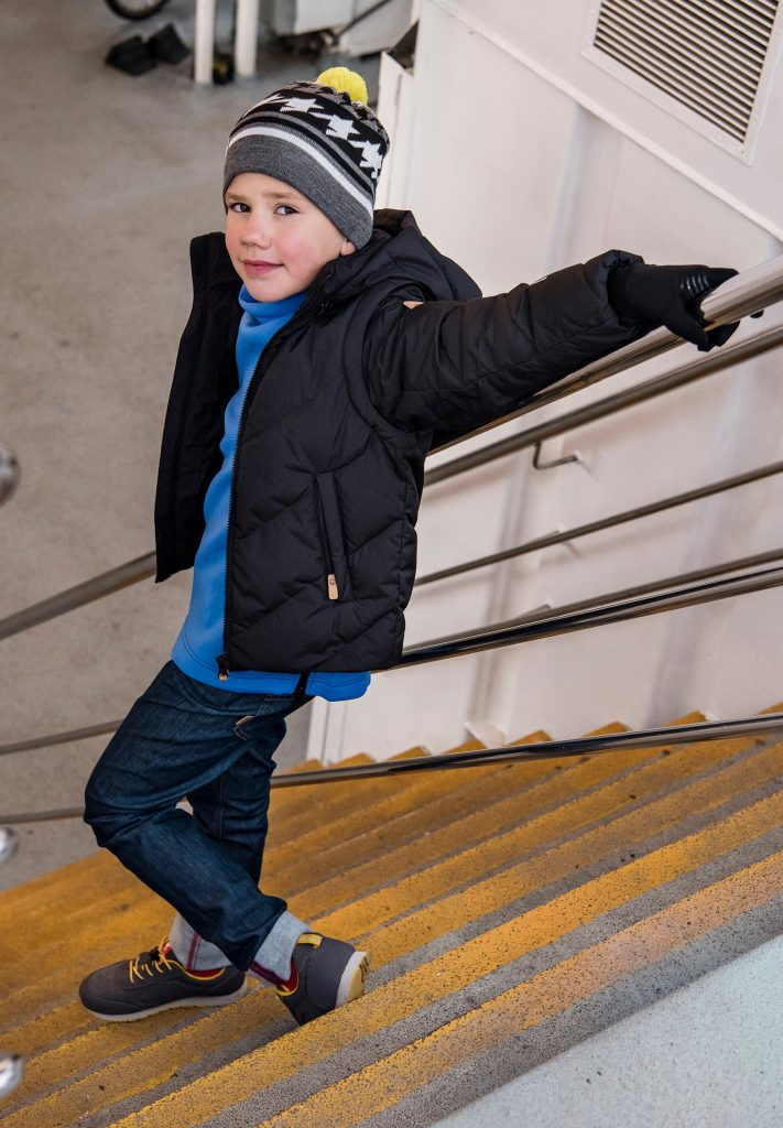 Reima Beringer Cierna detska tepla paperova bunda