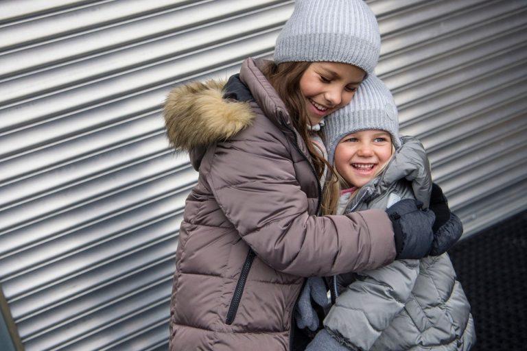 Reima Weft Black detska vlnena zimna ciapka